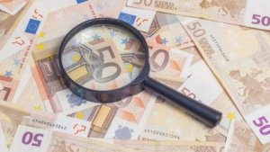 Ferme bagate in faliment de un consultant pe fonduri europene!
